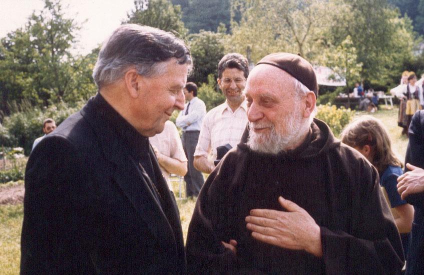 père Marie-Joseph et Monseigneur Kazimierz Majdanski, archevêque de Szczecin