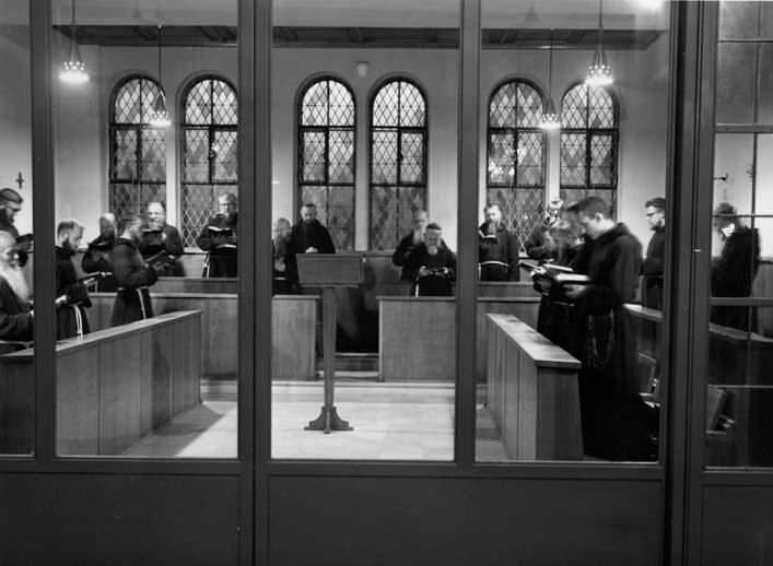 1955 Choeur couvent priäre
